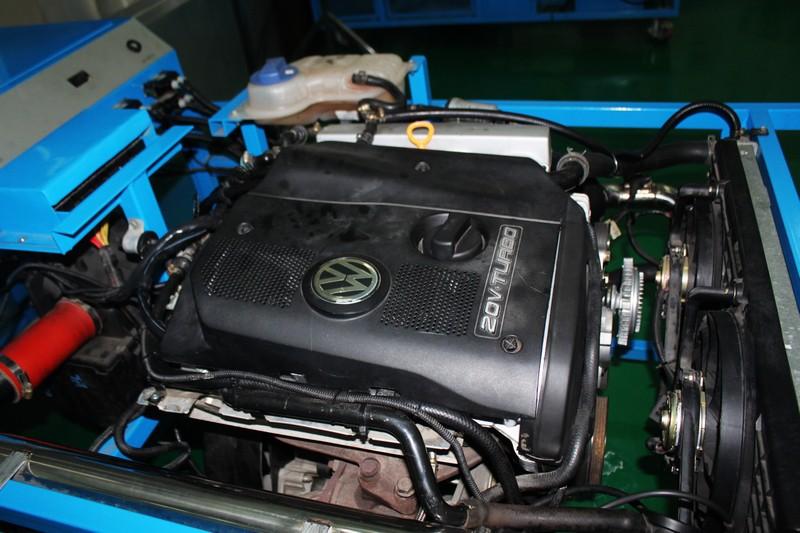帕萨特发动机电控系统